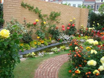 マリ・クリスティーヌさんの庭
