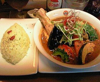 鶏もも1本季節のお野菜と激辛!ハバネロペッパースープカリー