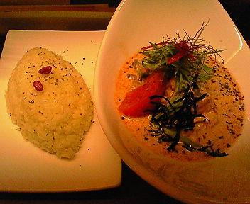 揚げ豆腐と豆のココナッツカリー