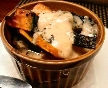 小さな小さなココットオーブン焼 カボチャのブルーチーズ焼