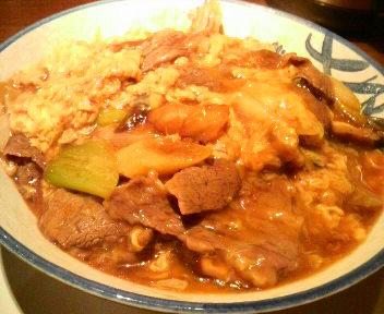 中華風牛肉丼(メニューにありません)