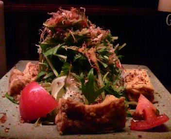 糸島揚げと水菜の胡麻サラダ(蕎麦の実入り)