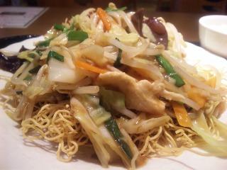 什錦炸麺(パリパリ皿うどん)