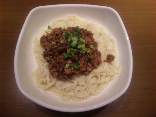 炸醤麺(ジャージャン麺)