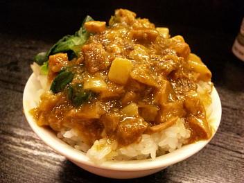 魯肉反(台湾風豚角煮ごはん)