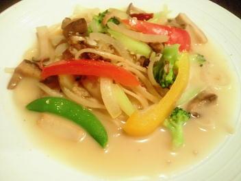野菜のガーリックオイル 生パスタ