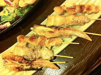 串焼き(手羽先、豚バラ、ボンジリ)