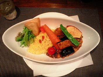 糸島豚と豆のキーマカリー お野菜入り