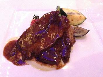 特選国産牛バラ肉のキャラメリゼ ポンムピューレと彩り野菜