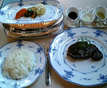 特選長崎牛ヒレステーキ 焼き野菜付とライス
